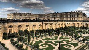 Královské lože – vyzkoušejte si spánek na zámku Versailles
